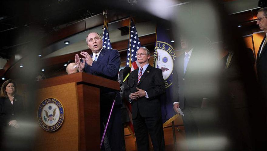 美国众院通过校园安全法案 不涉控枪