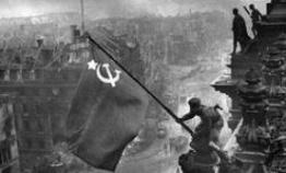 苏军发起柏林战役