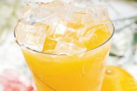 橙汁冷冻后再喝更有助于营养吸收