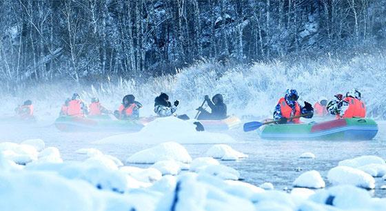 """内蒙古:冰天雪地中的""""不冻河"""""""
