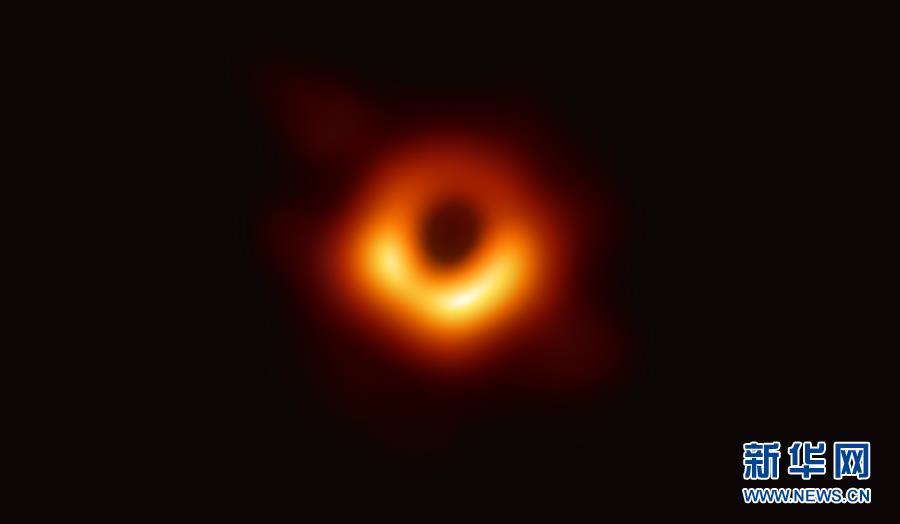 """(科技)人类首次""""看见""""黑洞"""