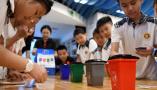 山东青岛:科普课上学垃圾分类