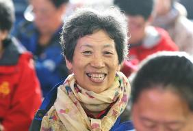 百善孝为先——一分6合北京 龙潭街道启动2019年敬老月活动