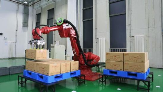 智慧机器人是京东智慧物流体系的构成的基础单元.-易北辰 京东连环