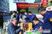 连云港海州销毁假冒伪劣产品 执法人员教辨假