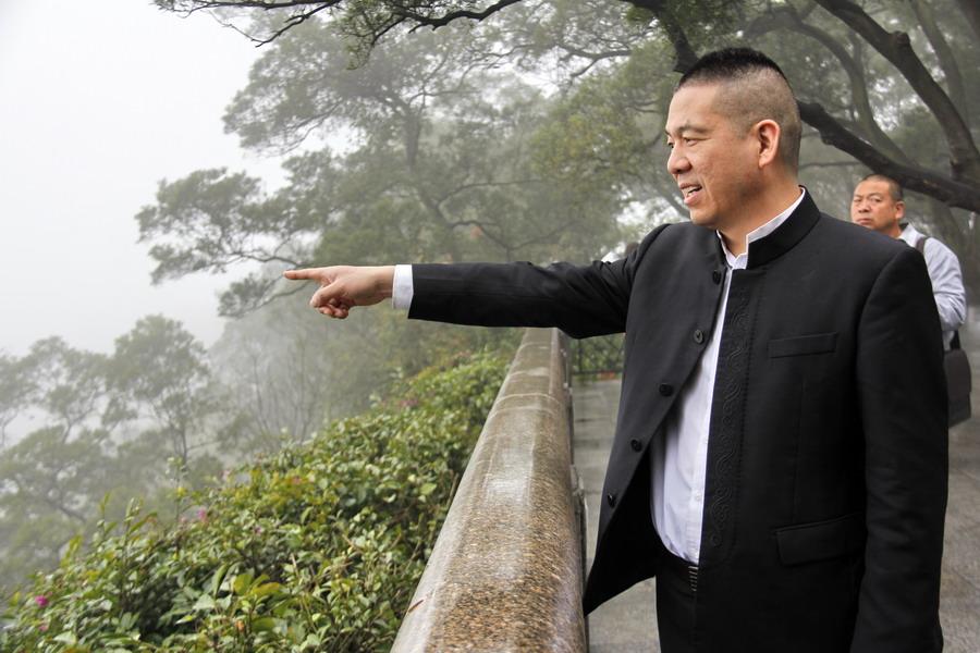 河南大枣哥远赴千里广州为患者送爱心