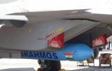 苏-30成功发射布拉莫斯导弹 印军又要高潮了!
