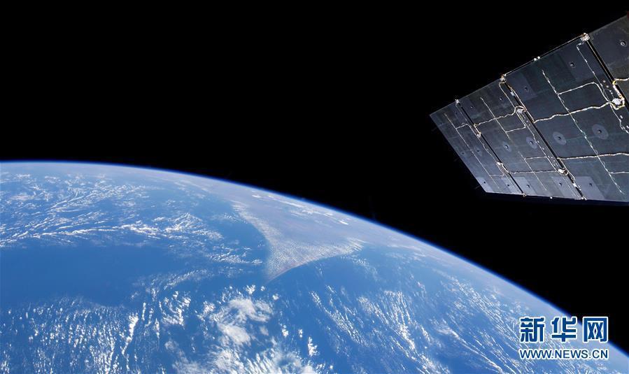 电子游艺网址大全:两颗小行星从地球近旁掠过:不用担心,它们不会对我们造成威胁