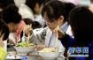 """别人家的大学食堂:""""刷脸""""吃饭、无感支付......"""
