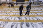 中國美院校考最後一輪閱卷 4萬張畫鋪滿兩個體育館