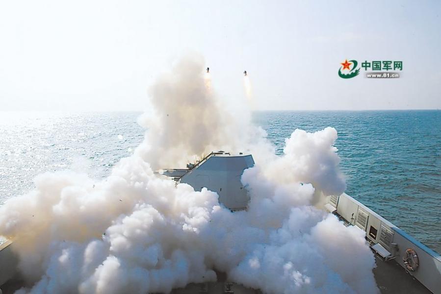 东海舰队实战实弹训练