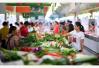受暑热天气影响 青岛肉蛋菜价格上涨