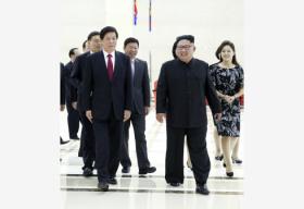 金正恩再次会见栗战书 并为中国党政代表团举行欢迎活动