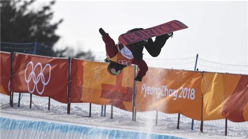 蔡雪桐:U型场地世界杯冠军 风雪斗士