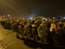 三箭齐发 紧急驰援 解放军医疗队抵达武汉