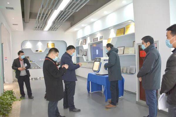 西安高新食药监分局助力点云生物医用口罩生产1