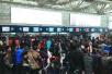 16省高速公路因寒潮封闭 京沪30趟高铁晚点