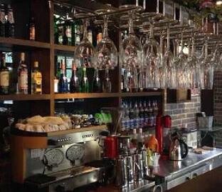 皂角树法式西餐厅