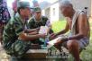 武警交通五支队官兵开展助民活动援助灾区重建
