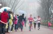 最美跑道第一场正式马拉松雨中开跑,浙江最会跑的人都来了
