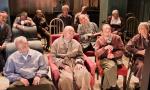 美国近9百万65岁以上老人仍在工作 老龄化加剧政府压力