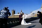 国人拍婚纱照有多拼