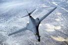 美军多架战略轰炸机飞至朝鲜以东水域