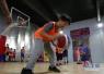 济南五一广场篮球场升级 免费10年后收费背后的痛点
