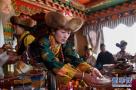 西藏:载歌载舞迎新年