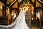 女孩和病重爷爷拍婚纱照