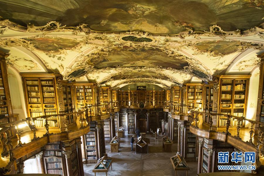 走进世界各国图书馆