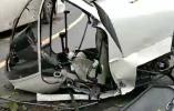 突发!一架直升机坠落峨眉山景区 机上有两名驾驶员(图)