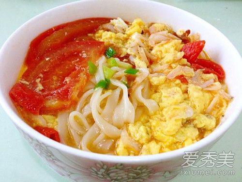 一碗番茄鸡蛋面的热量是多少?吃番茄鸡蛋面会