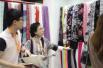 中国轻纺城展团亮相香港时装节 时尚面料吸引采购商