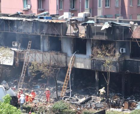 直击丨杭州一店铺燃爆事故 造成2人死55人受伤