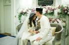 荷兰前足球运动员娶马来公主 共谱童话爱情