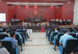 法庭做課堂:臺上火鍋店老闆受審,台下百餘名同行旁聽