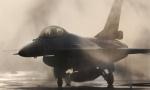 驻日美军F16发动机起火 抛副油箱险些砸中渔船