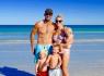 太酷了!年轻夫妻带三娃驾房车环澳旅行
