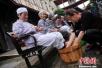 多地推独生子女护理假 河南每年最长20天享受到了吗