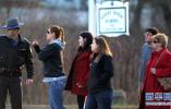 如何加强安全管制?美佛州枪击案高中规定学生只能用透明背包