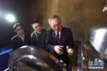 """洞中""""引力人""""——探访华中科技大学引力实验中心科研团队"""