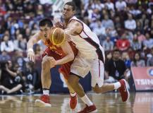 中国男篮蓝队友谊赛不敌加拿大