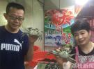 八月南京早市螃蟹成主角 市民提前尝鲜论个卖