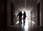 老年艾滋病病例快速上升,杭州疾控:缺乏自我保护意识是主因