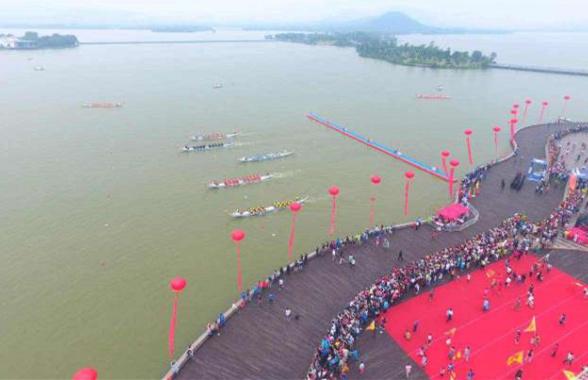 2017中国徐州国际龙舟邀请赛今日在云龙湖举行