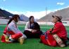 """一个西藏乡村的小康路:产业转型 群众吃上""""旅游饭"""""""