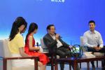 万钢对话浙江大学生:用科技创造属于青年人的未来