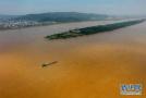 光明日报:污水直排湘江,环保担当何在?