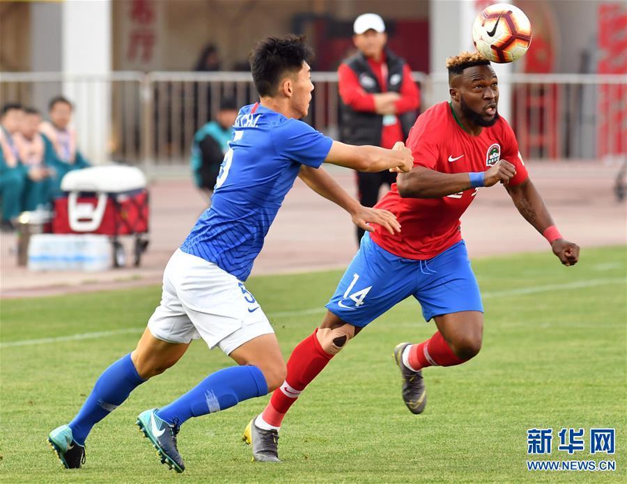 (体育)(14)足球——中超:上海绿地申花胜河南建业